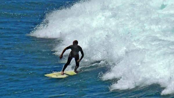 surf_playa_hombre_05